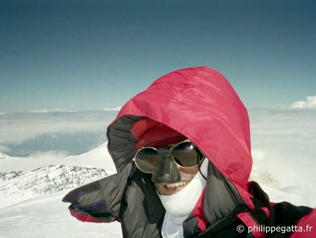 Summit of Denali (McKinley, � P. Gatta)