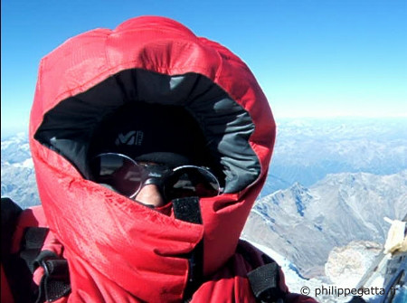 Summit of Elbrus (�P. Gatta)