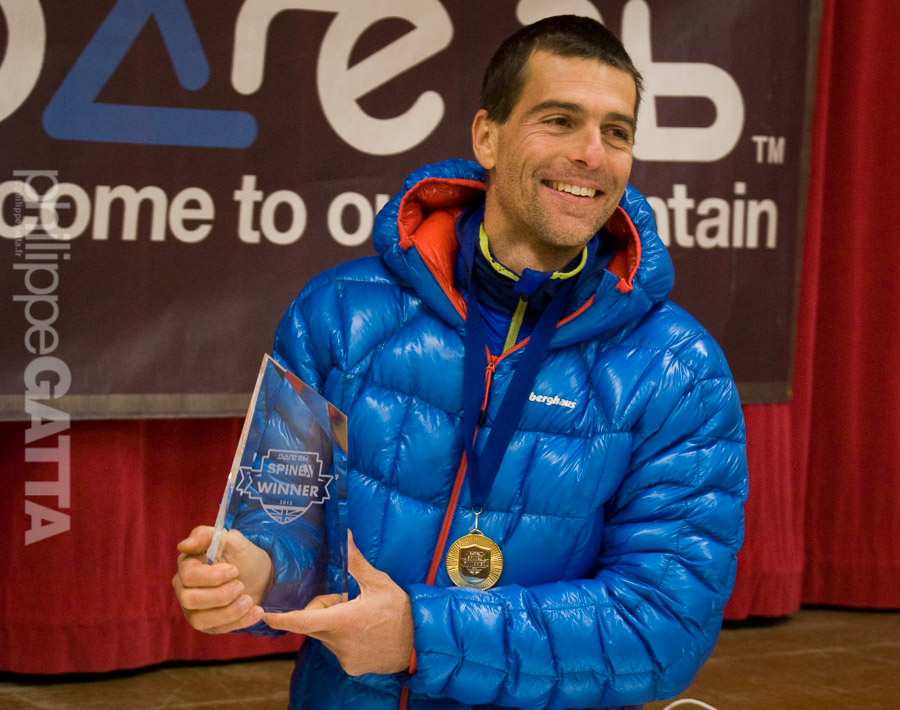 Winner and record holder of Spine Challenger 2013, 174 km winter Ultra-trail (� E. Bruce)