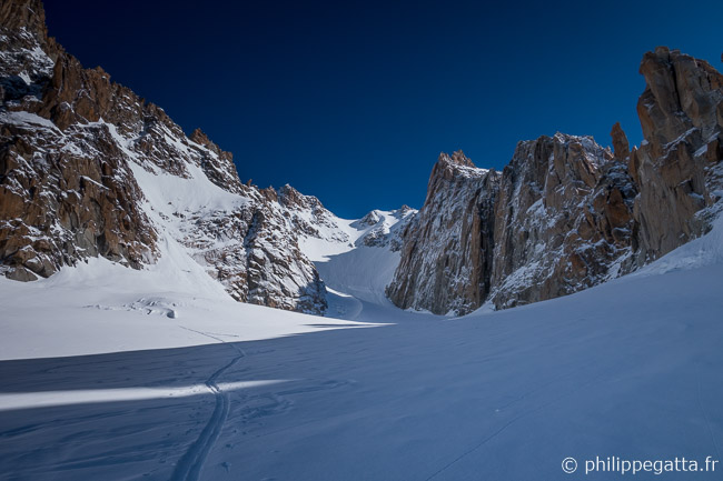 Glacier du Milieu at around 3,300m (© P. Gatta)