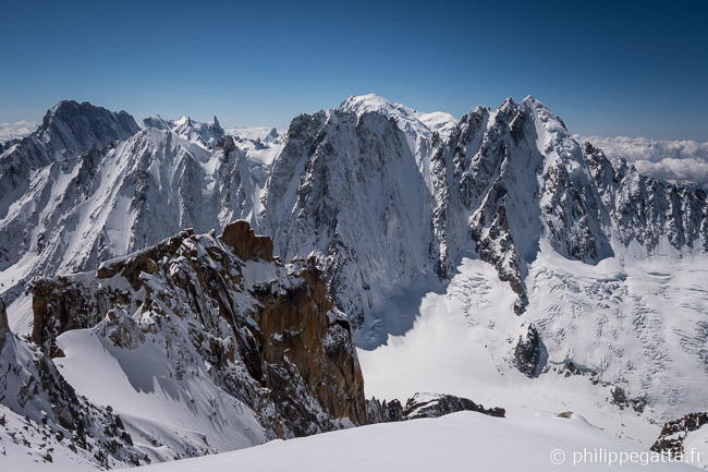 View from the top: Jorasses, Courtes, Droites, Verte... (© P. Gatta)