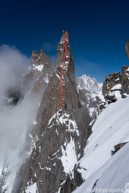 Southwest route of Fou seen from the bivouac (© P. Gatta)