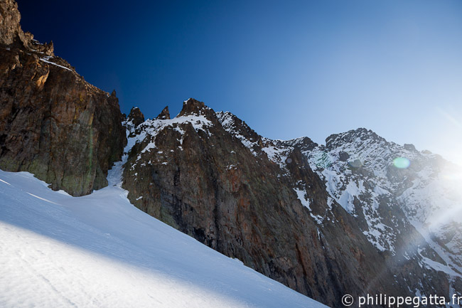 Start of the Diagonal Couloir in Grand Capelet (© Philippe Gatta)