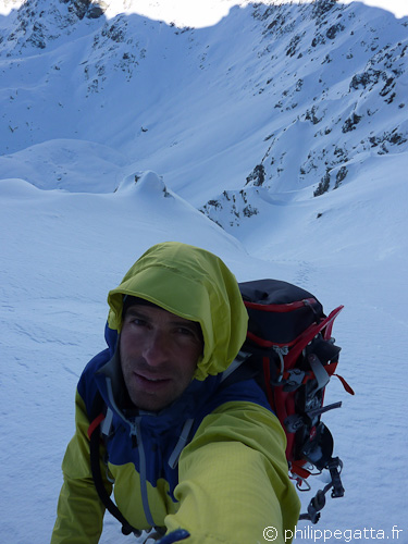 Philippe in the North Couloir of Mont Neiglier (© P. Gatta)