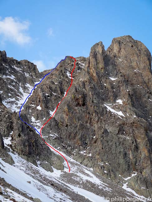 Cime de Paranova: Article Nòu (red), Northeast Couloir (blue) (© Philippe Gatta)