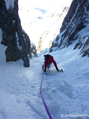 Anna in the left gully (© P. Gatta)