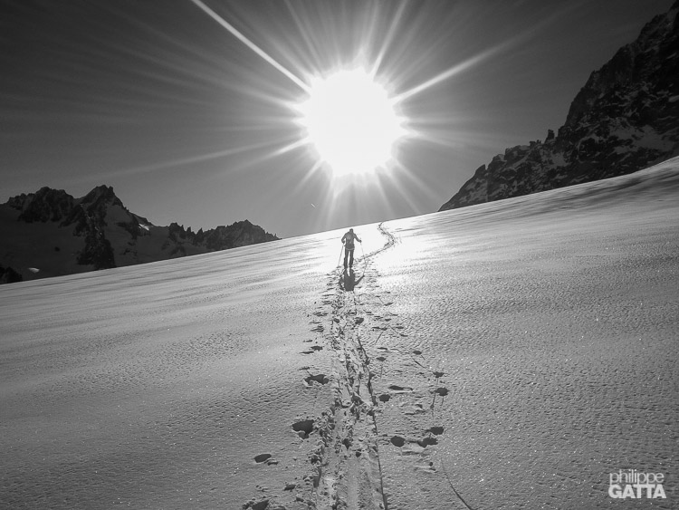 Approach from Grands Montets at skis (© P. Gatta)