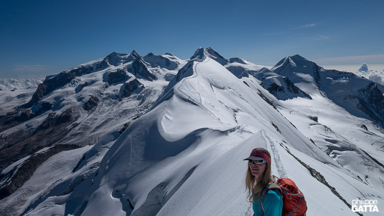 View from the top of the Eastern summit of Breithorn, Central behind (© P. Gatta)