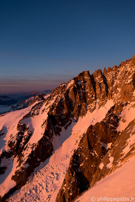Sunset on Grands-Montets and Petite Verte (© P. Gatta)