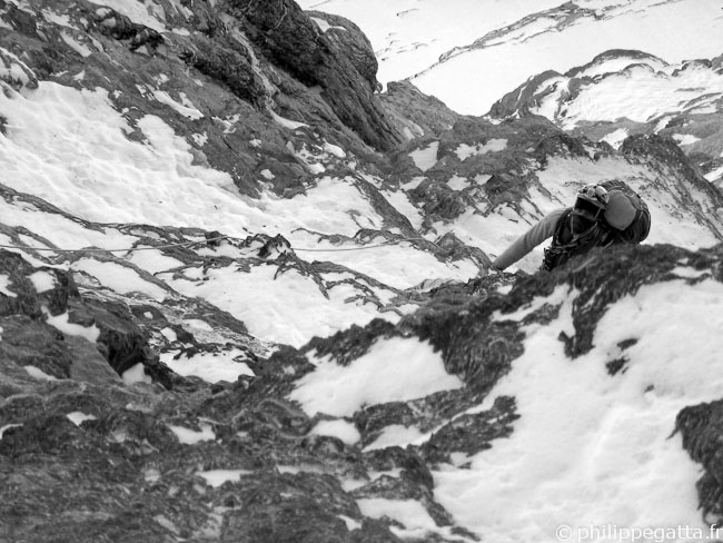 Philippe in the North Face of Eiger (© Alex Chabot)