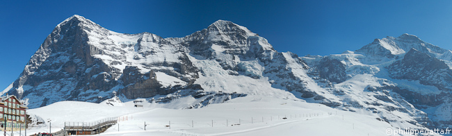 Eiger (3970m), Mönch (4099m) and Jungfrau (4158m) seen from the Kleine Scheidegg station (© Philippe Gatta)