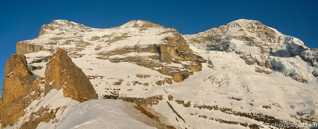 Eiger (3970m) and Mönch (4099m) (© Philippe Gatta)