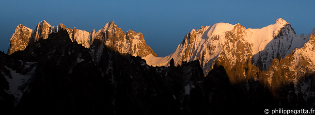 Great sunset on the Jorasses and Rochefort (© P. Gatta)