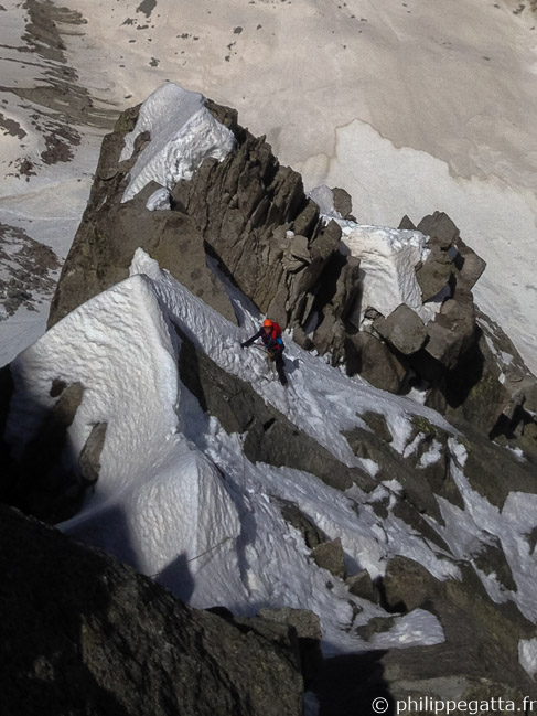 Philippe in Frendo Spur, Aiguille du Midi (© A. Chabot)