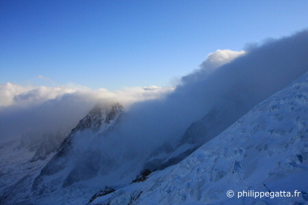 Foehn on Mont Blanc (� P. Gatta)