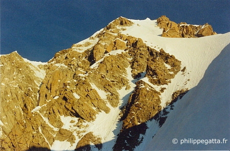 Summit rdige below the Mont Blanc de Courmayeur (� P. Gatta)