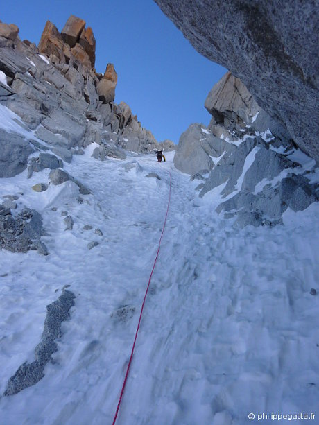 Tour Ronde: In the crux of the North face (© P. Gatta)