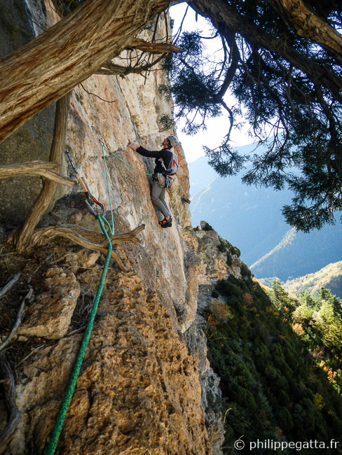 Second pitch of Dissipation, 6a+ (© A. Gatta)