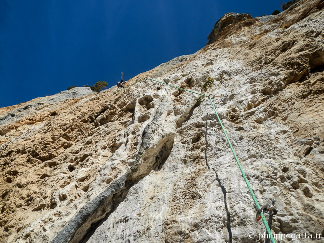 6th pitch of Dissipation, 6c+ (© A. Gatta)