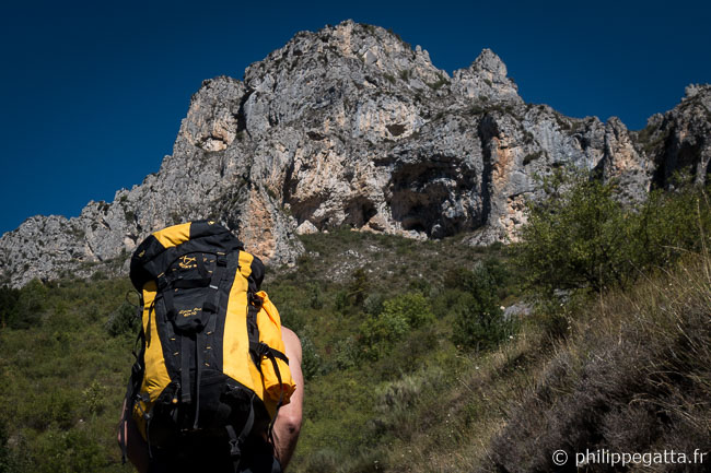 On the way to La Brigue cave (© A. Gatta)