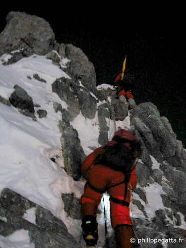 Everest 3rd step (� P. Gatta)