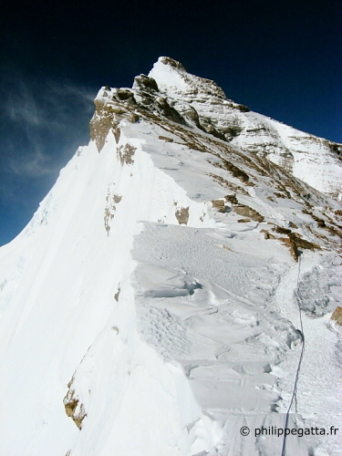 Everest from 2nd step (� P. Gatta)