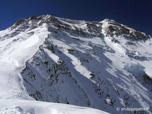 Everest North Ridge (� P. Gatta)