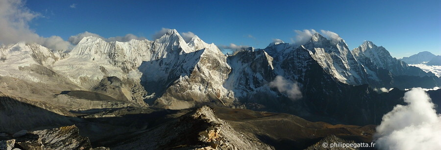 Panorama from Ama Dablam C1 (Photo � P. Gatta)