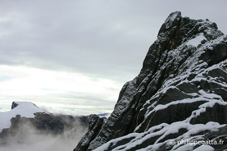 Carstensz summit ridge and Ngga Pulu (� P. Gatta)