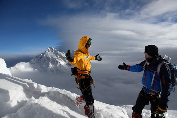Alexia and Philippe at 7,000 m (© L. Challeat / P. Gatta)