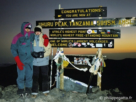 Summit of Mount Kilimanjaro (© P. Gatta)