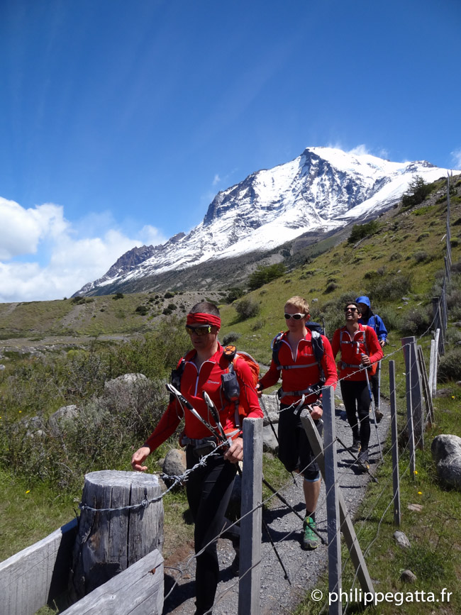 The team on the way back to Los Torres (© A. Gatta)
