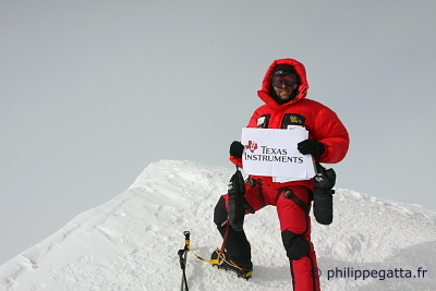 Mt.Vinson summit (� P. Gatta)