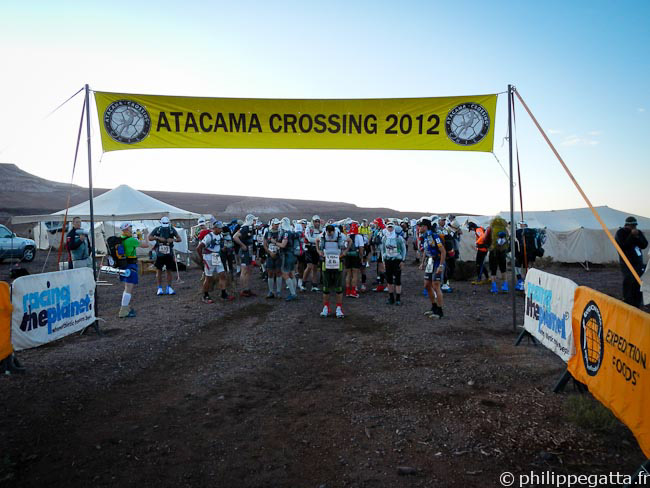 Start of the stage 1 of Atacama Crossing (� P. Gatta)