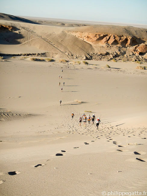 Sand dunes in the beginning of the stage 4 (© P. Gatta)