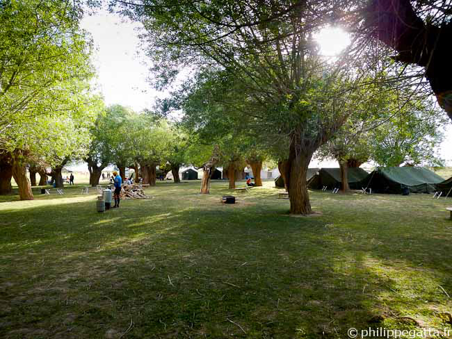 Beautiful camp for the rest day (� P. Gatta)