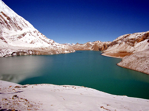 Tilicho Lake (5100 m) (Photo Wikimedia Commons)