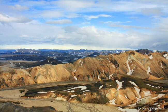 Landmannalaugar and Blahnukur loop (© P. Gatta)