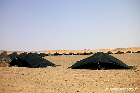 The tents at the bivouac (� P. Gatta)
