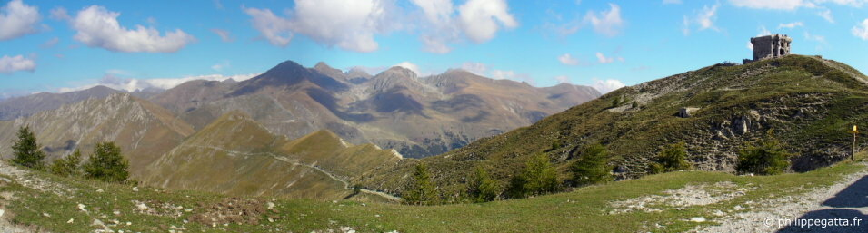 Fort of Authion, GR 52 to the Baisse St V�ran, Cime de Tuor and Cime du Diable (� P. Gatta)
