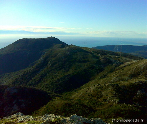 Mont Agel and the sea from the Cime du Baudon (© P. Gatta)