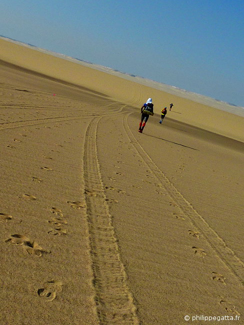 Stage 2 of the Sahara Race (� P. Gatta)