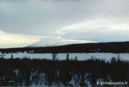 Storm coming on Yentna river and Denali (� P. Gatta)