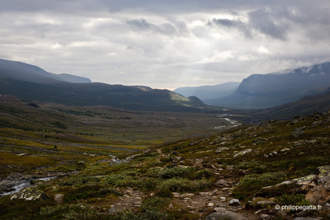 Above Kebnekaise mountain lodge looking towards Nikkaluokta (� P. Gatta)