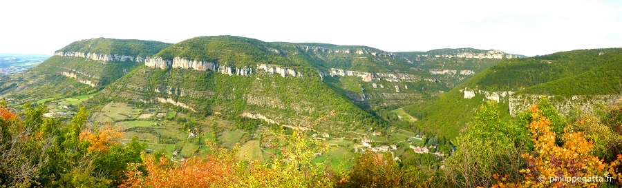 Endurance Trail: Le Causse Noir and the Gorges de la Dourbie (© P. Gatta)