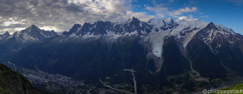 Tour du Mont Blanc: 170km and +10,000 m Trail running, France (© P. Gatta)