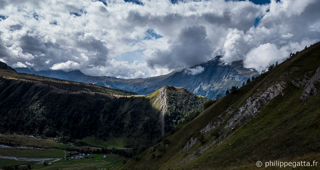 View over the Chalet de Miage from Col du Tricot (© P. Gatta)