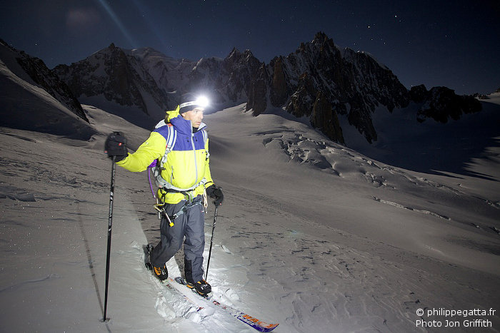 Skiing under the full moon close to Aiguille de Toule (Photo J. Griffith)