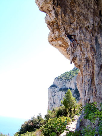 Philippe in Pestillence, 7c+ (© A. Gatta)